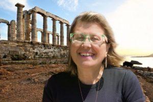 Οι προτάσεις της Κατερίνας Τσεμπερλίδου: 18 βιβλία για το καλοκαίρι!